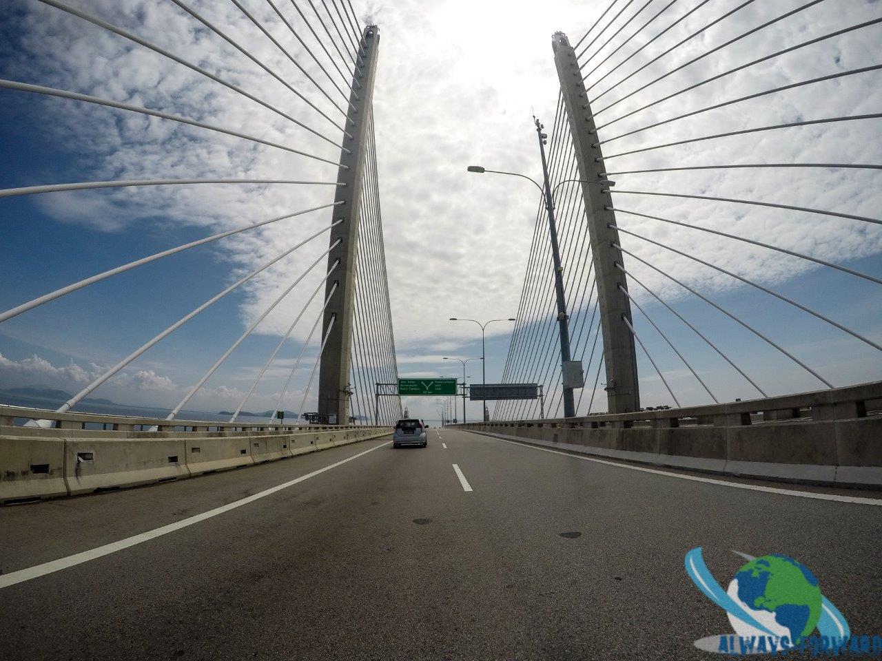 eine der Brücken