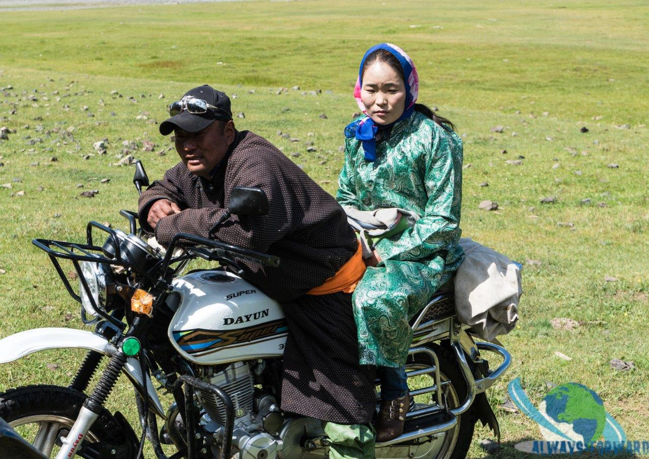Motorradfahren auf mongolisch