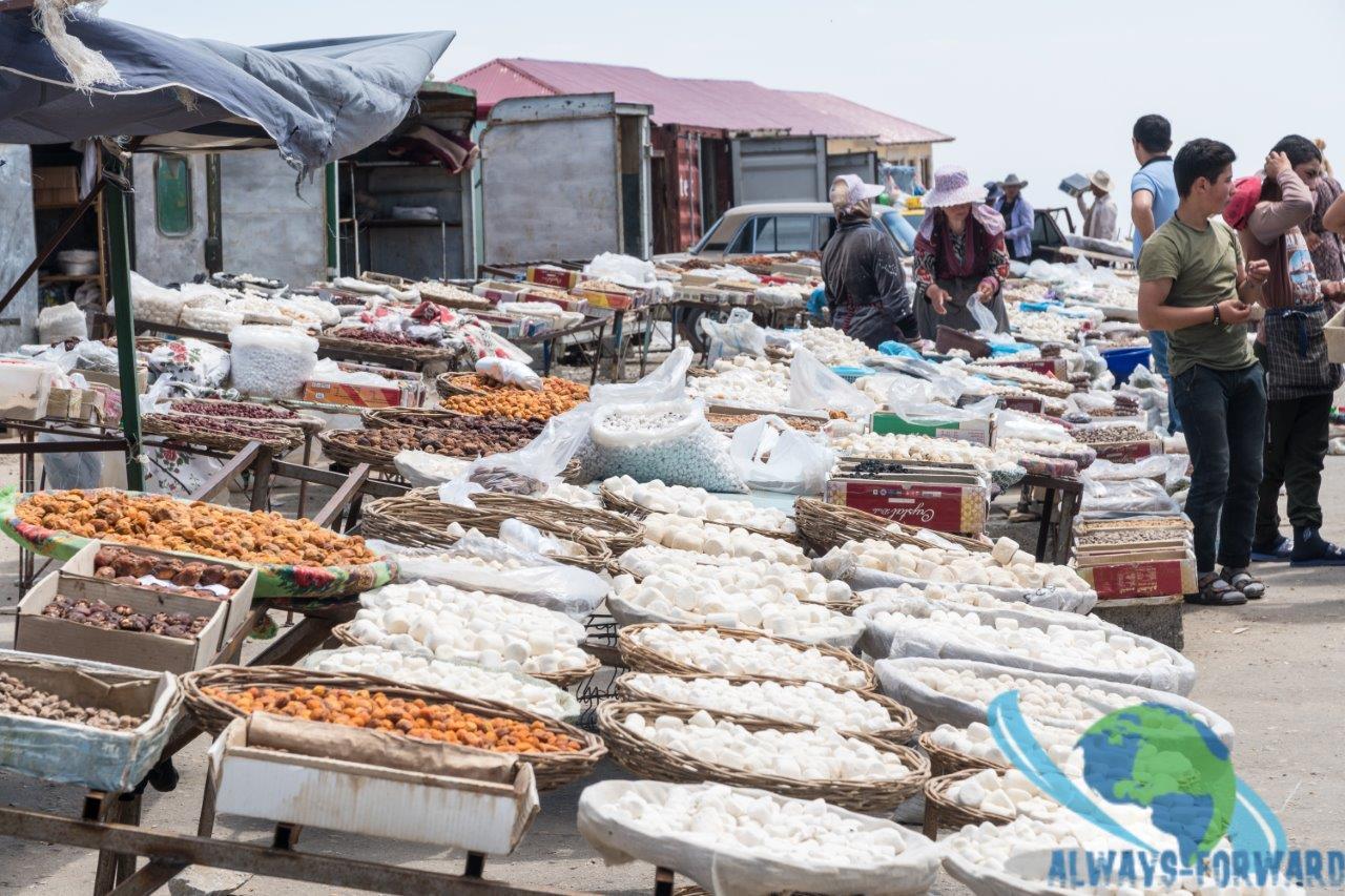 Markt auf dem Pass