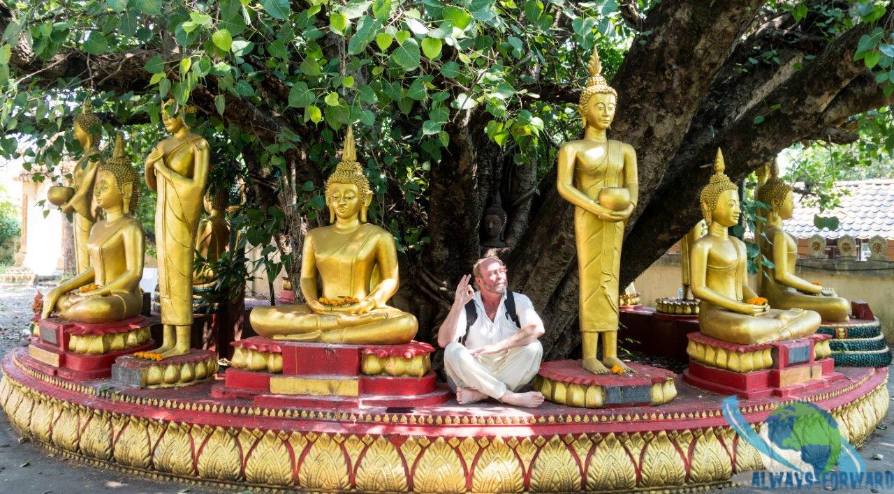 Stefan versucht sich als Budda