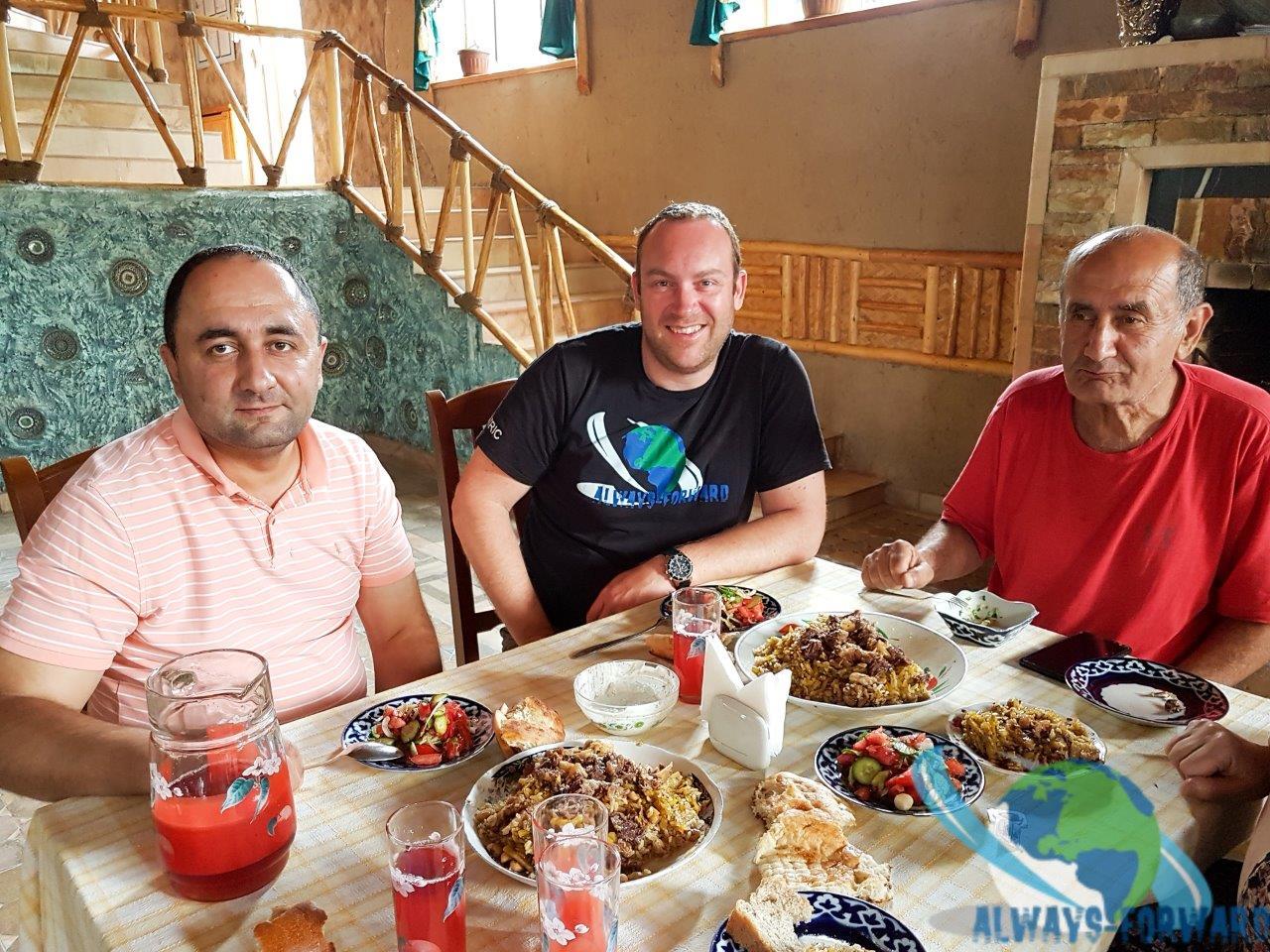 Essen mit der Familie vom Hotel