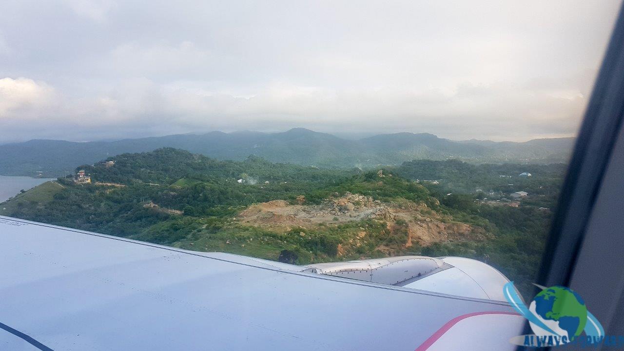 Anflug auf Labuhan Bajo