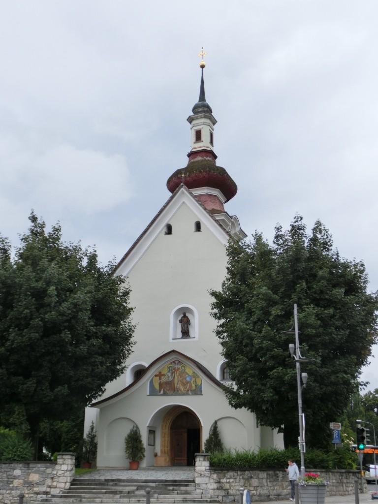 Die Laurentiuskirche in Wattens.