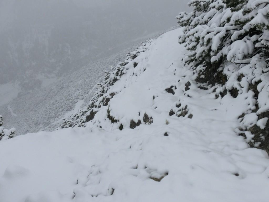 Eine kritische Stelle, an einem steilen Abhang.