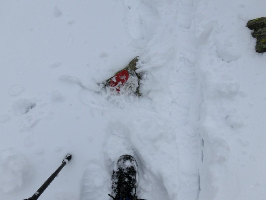 Naja, zumindest gibt es Markierungen unter dem Schnee.