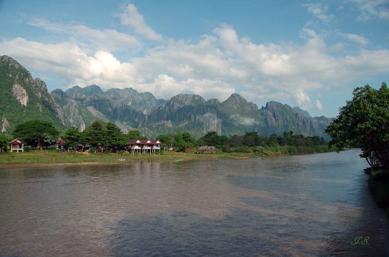 Wanderung zur Tham-Xang-Höhle, Vang Ving