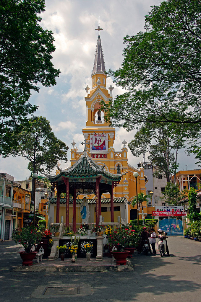 Saigon, Chinatown