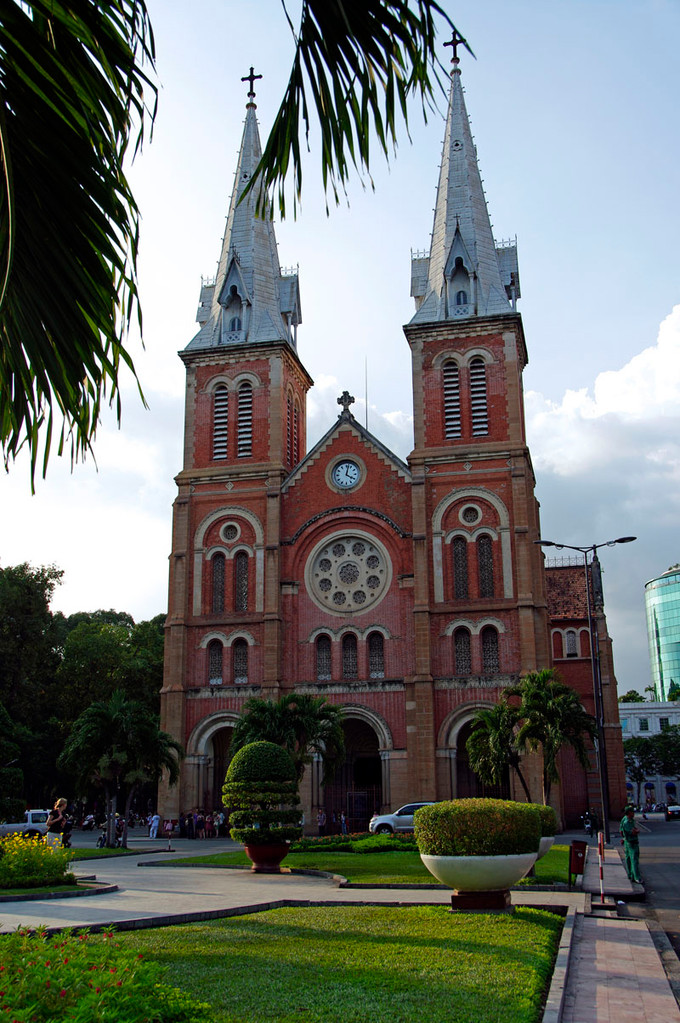 Saigon, Notre Dame