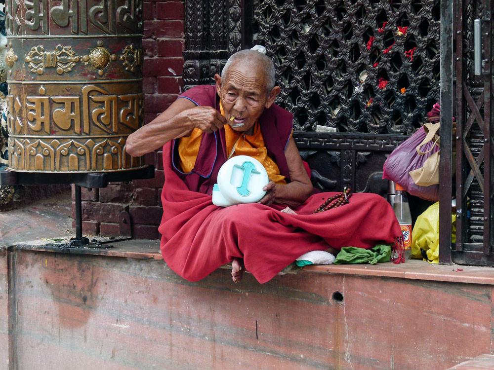 Auch Mönche haben Hunger...