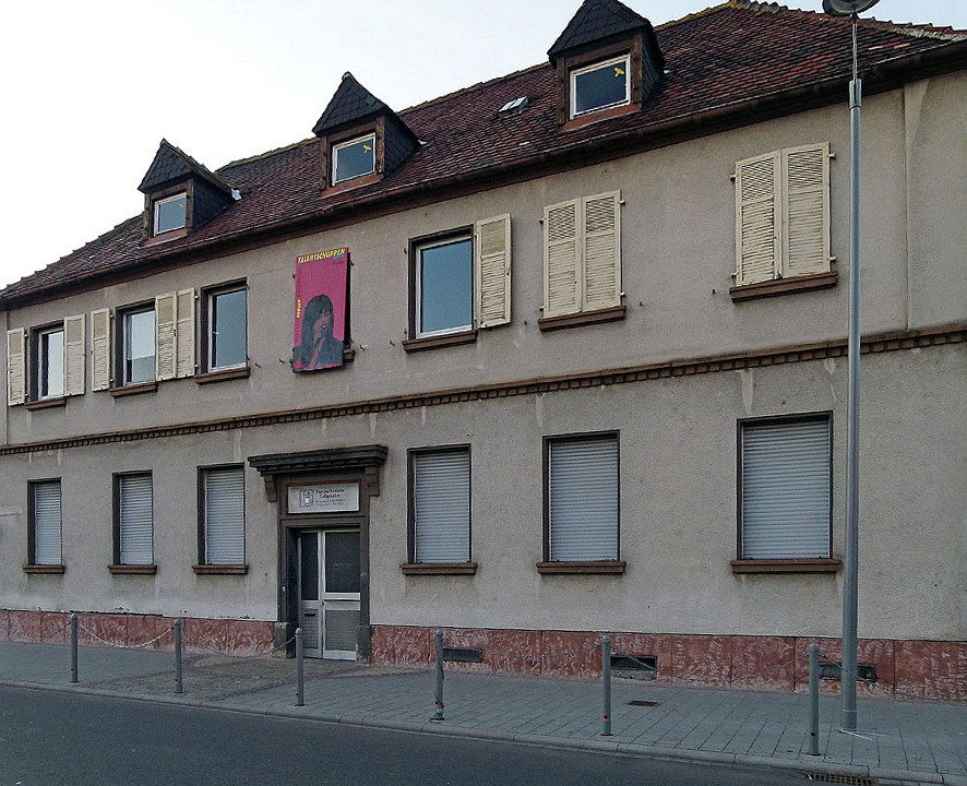 früher Rathaus, jetzt Jugendzentrum