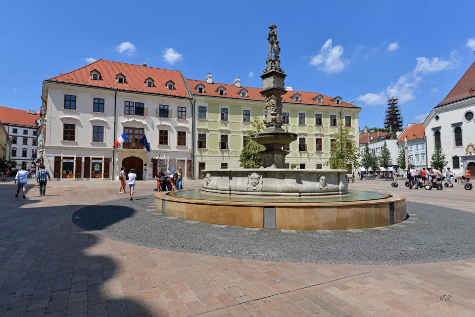 Alte Rathaus mit Maximiliansbrunnen