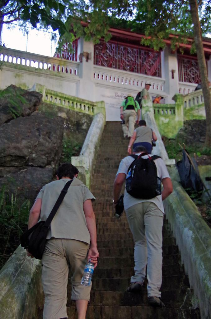 Aufstieg zum Berg Phou-Si