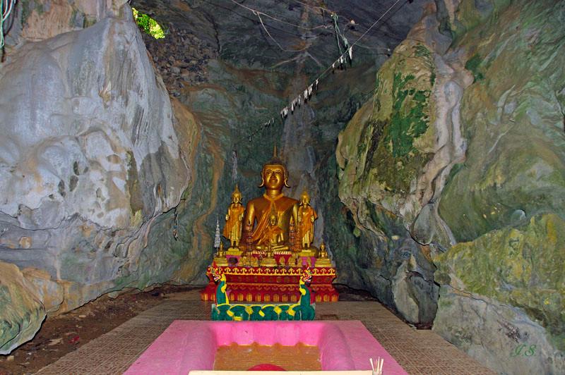 Tham-Xang-Höhle, Vang Ving