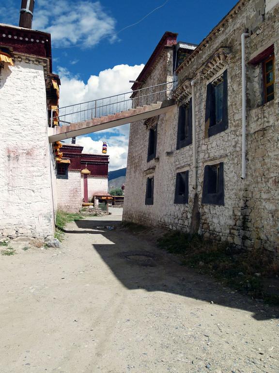 nahe dem Samje-Kloster