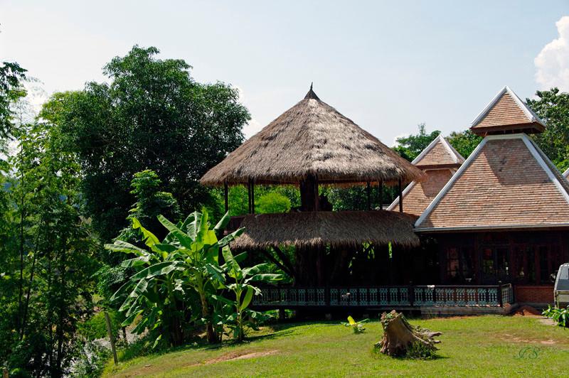 Elefantendorf am Nam Khan