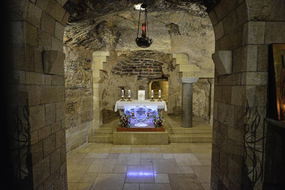 Verkündigungskirche, Blick in die Mariengrotte