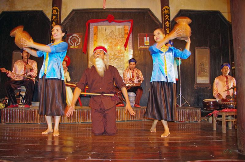 Einheimische Folklore