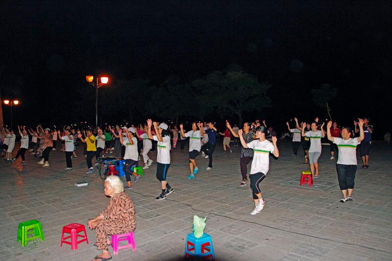 Phnom Penh, ein Tänzchen in Ehren...