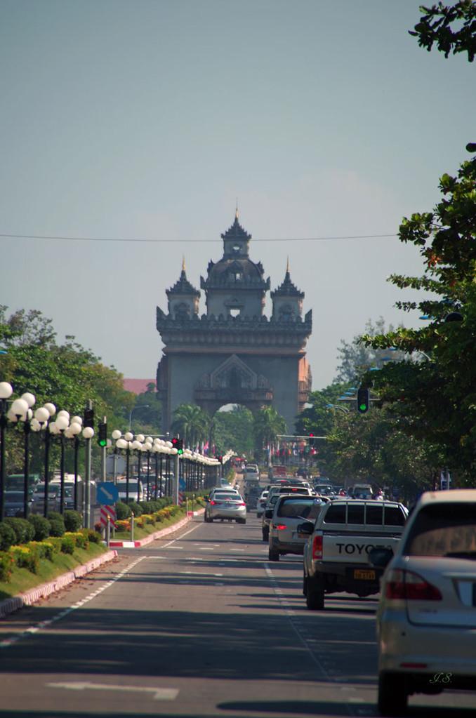 Vientiane, Prachtstrasse
