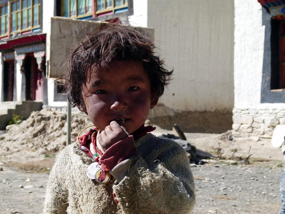 Kinder aus Tingri