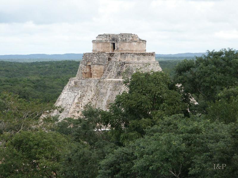 Uxmal, Tempelanlage
