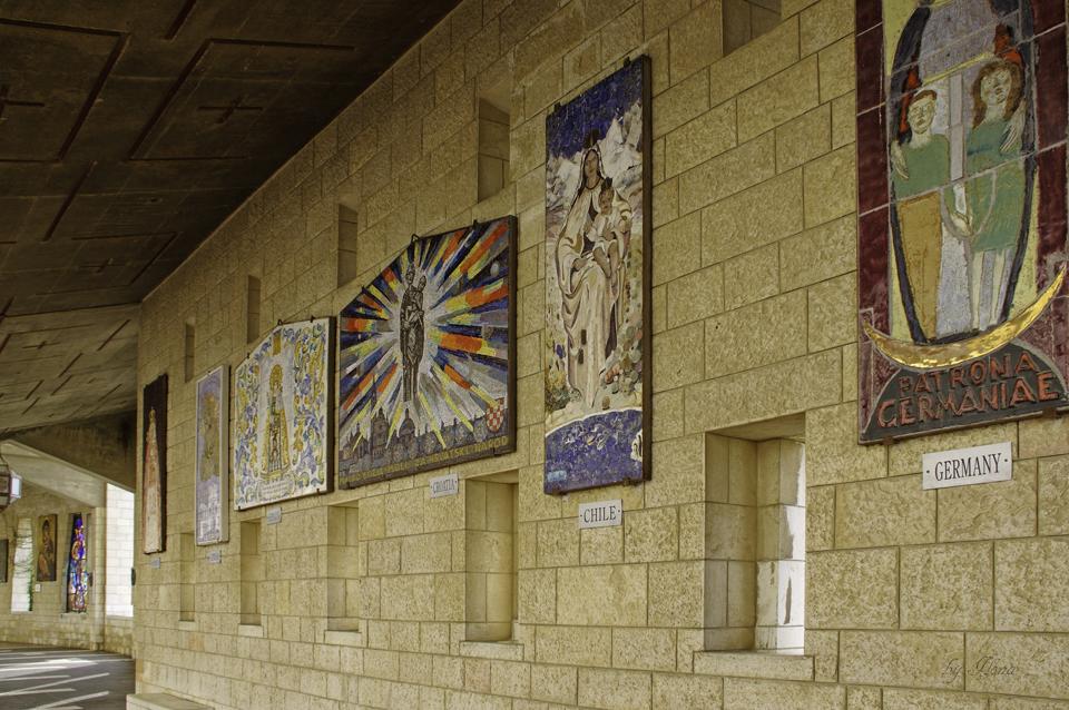 Gänge mit Mosaiken