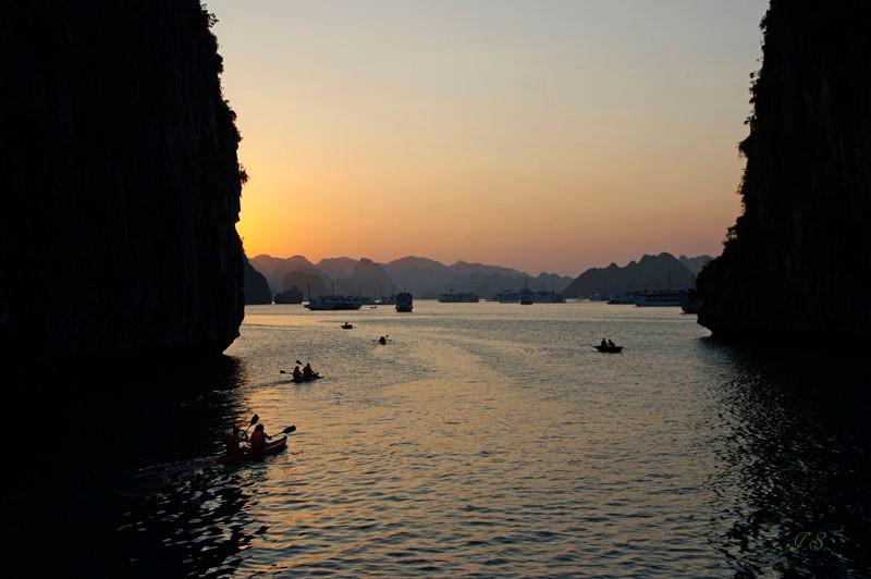 Halong Bucht, Abendstimmung