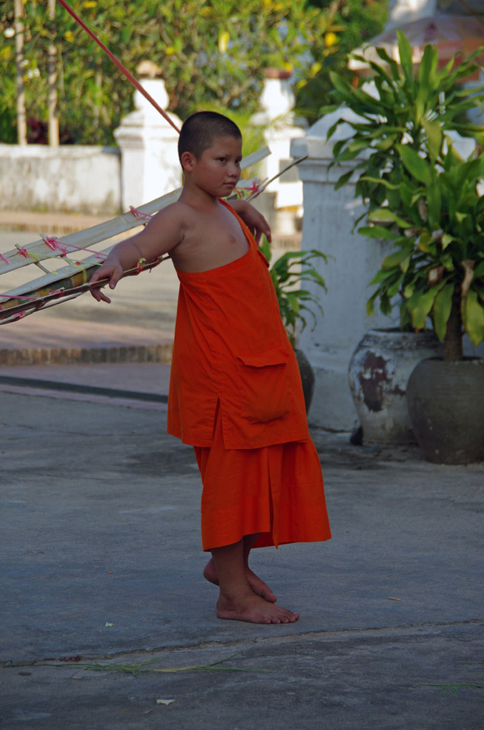 Mönchsnachwuchs, Wat Si Bun Heuang