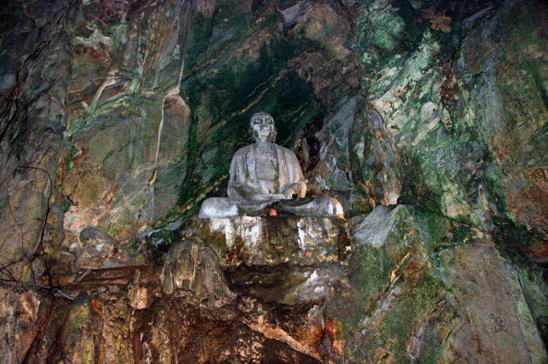 Marmorberge, Grotte Thuy Son