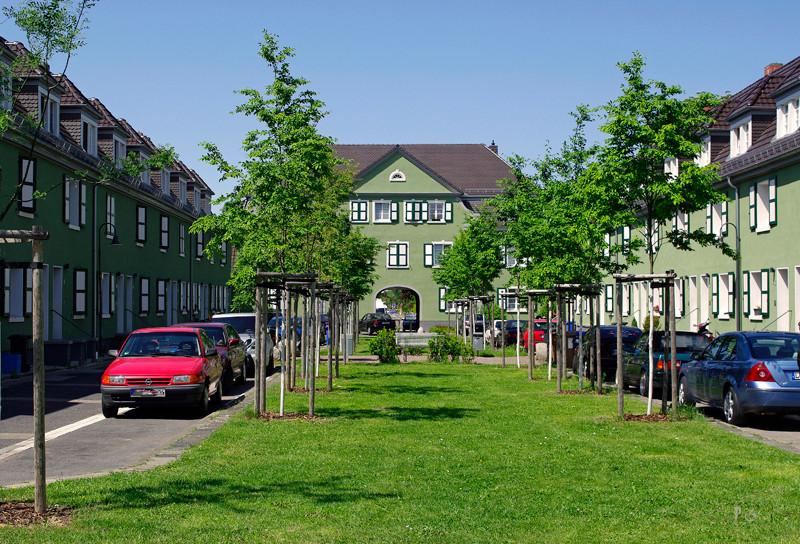 Denkmalgeschützter grüner Hof