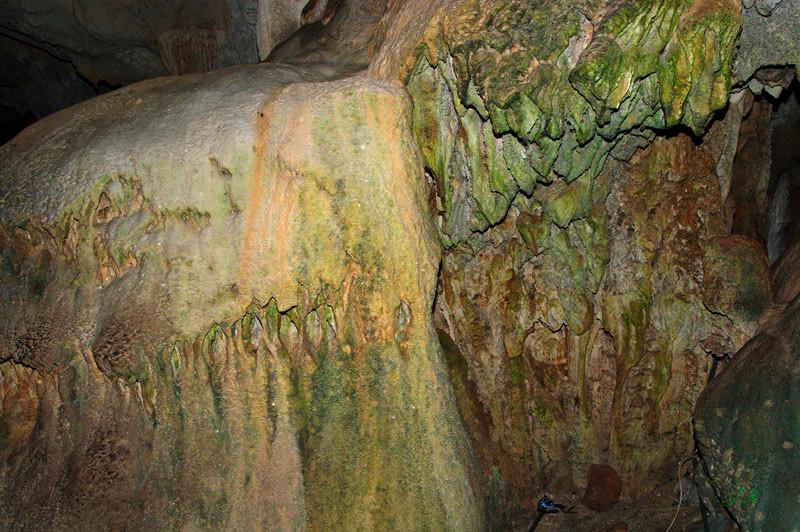 Tham Chang Höhle
