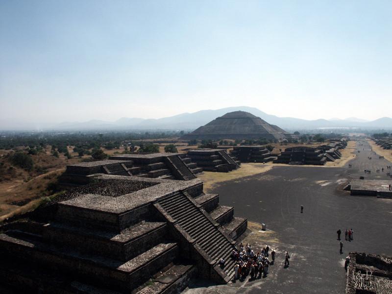 Teotihuacan, Mond und Sonnenpyramide