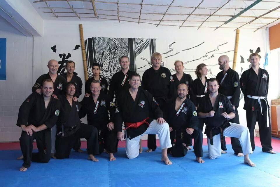 In Kampfkunstschule Damo met Toni Finken-Schaffratch