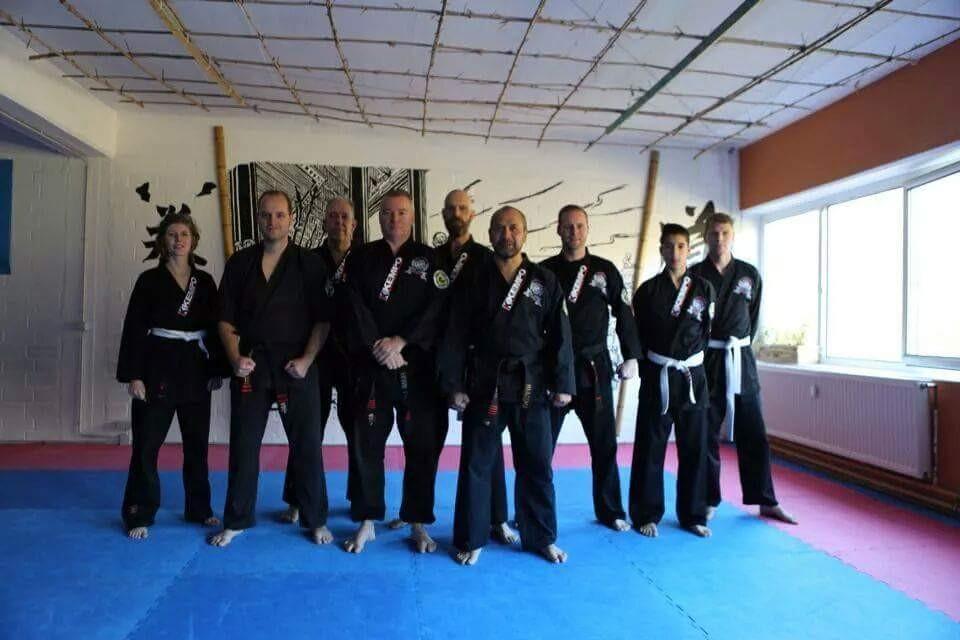 Groepsfoto bij Kampfkunstschule Damo