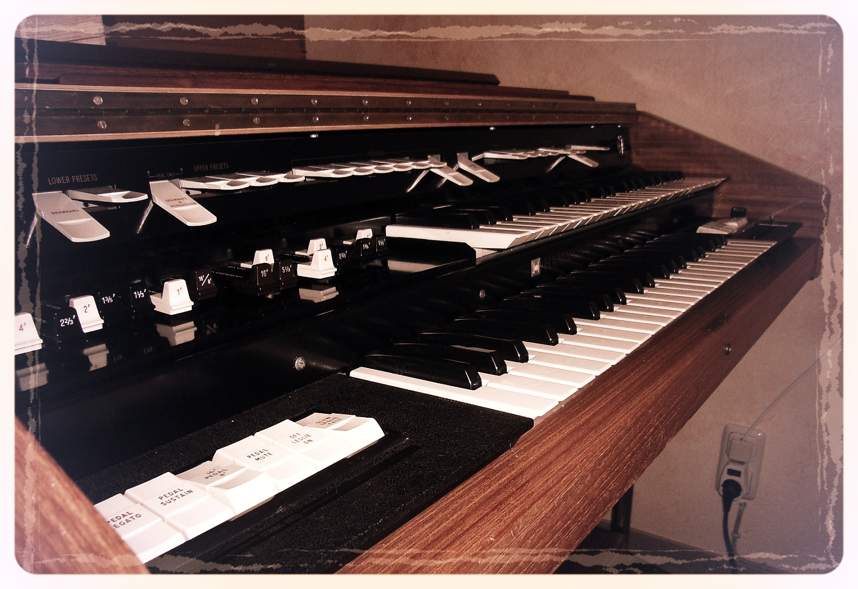 Orgel (elektromechanisch)