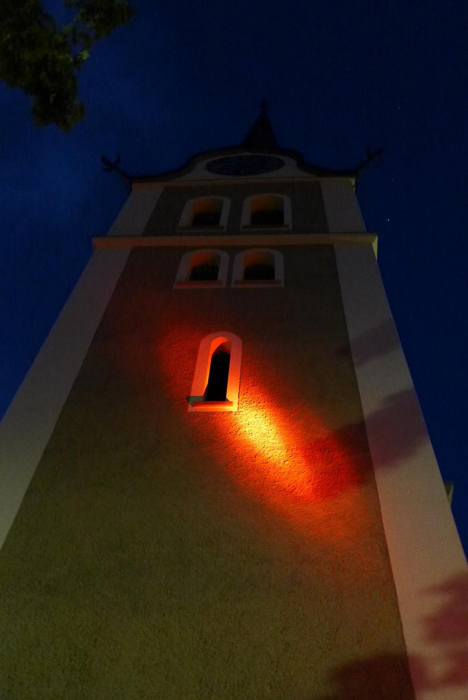 Die Kirche von Grossdietwil beherbergt einen besonders grossen Kirchenschatz, die Mausohrwochenstube im Kirchturm.