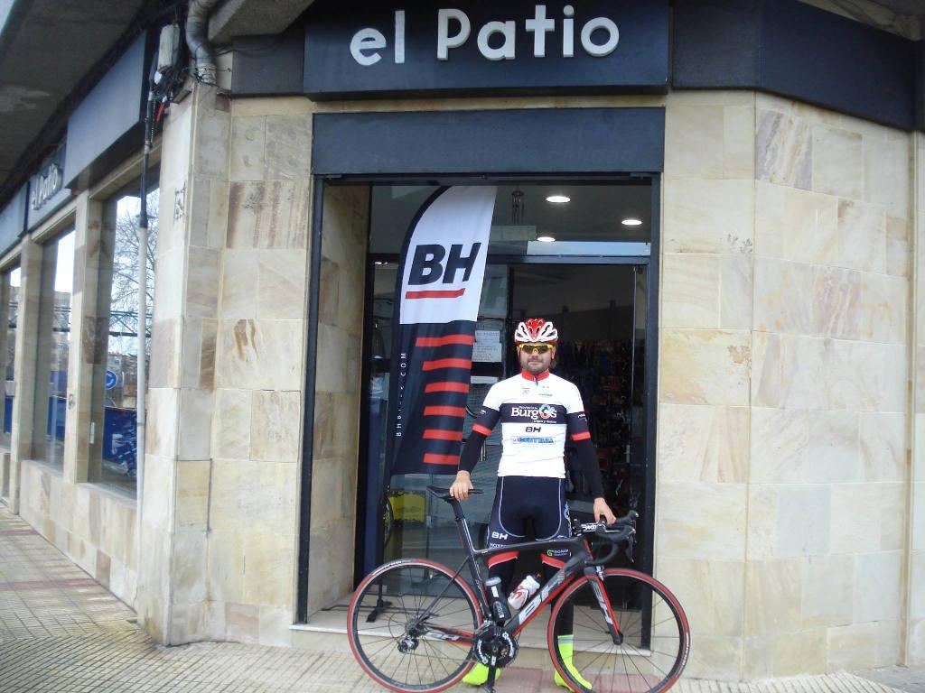 Dani López ciclista profesional del Burgos BH