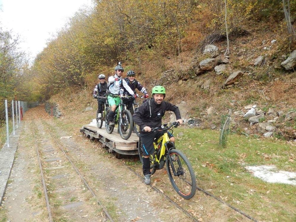 Ivano è l'unico scansafatiche con l'E-bike.... ci pensiamo noi