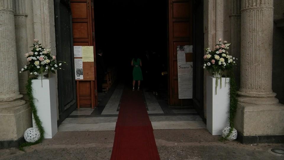 Addobbi- floreali-matrimonio-chiesa