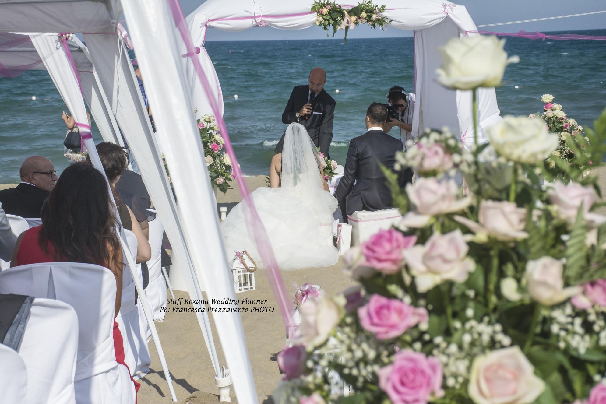 composizione-floreale-matrimonio-spiaggia-catania