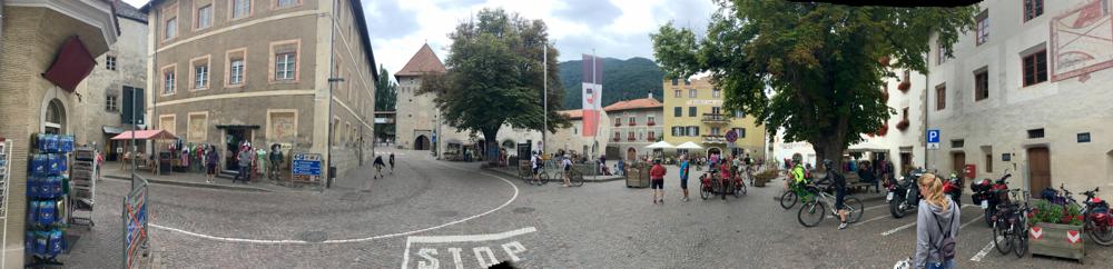 Marktplatz Glums