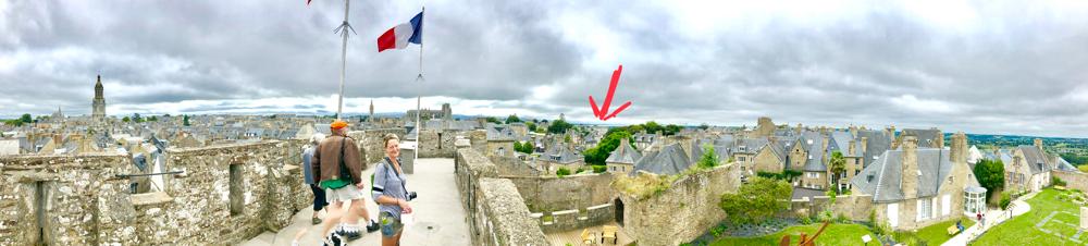 Blick von der Burg Abranches in die Bucht