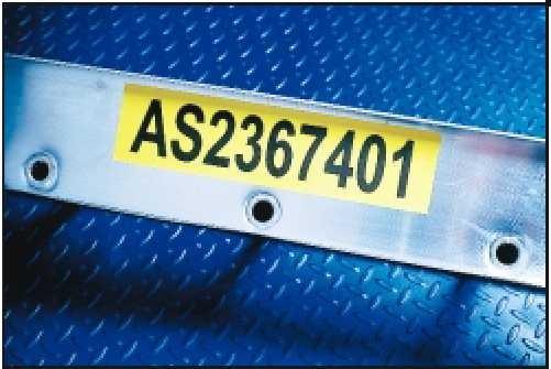 Etiqueta en Poliester en forma continua   uso: en avisos, iluminación, faceplates