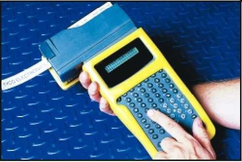 Etiquetadora LM2020 plus puede hacer codigos de barra
