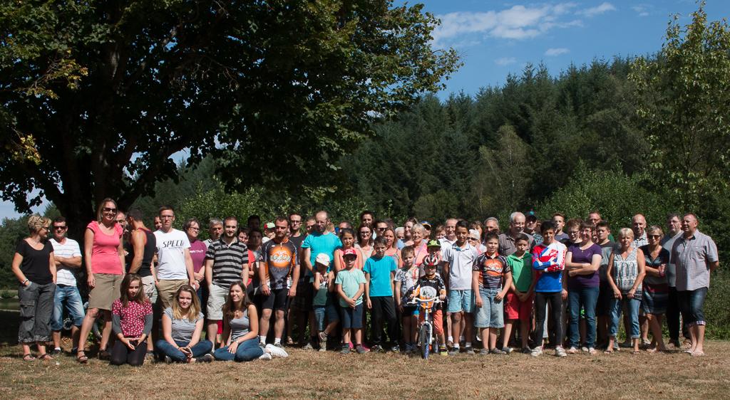 Les bénévoles présents au repas champêtre organisé par les membres de la BNO.