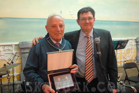 José Luis Benedicto, alma mater del Complejo Ametzagaña, también fue homenajeado.
