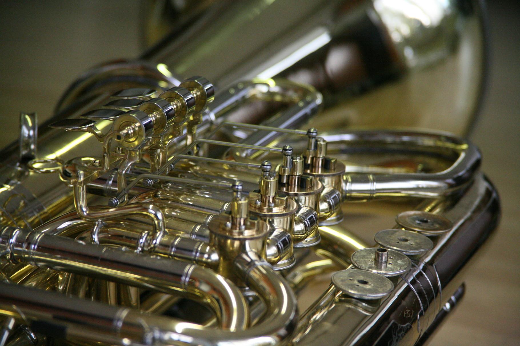 B-Tuba - 4x neue Oberdeckel angefertigt