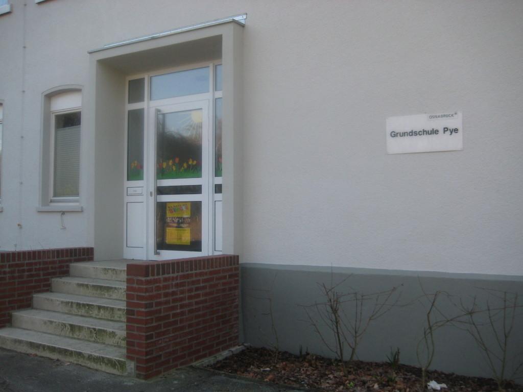 Eingang zur Verwaltung