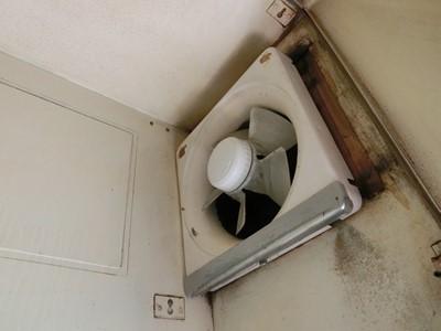 現状回復 キッチン ハウスクリーニング 汚 玄関