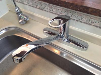 水栓 交換 キッチン